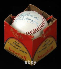 Beautiful Joe Dimaggio Single Signed 1950's American League Cronin Baseball JSA