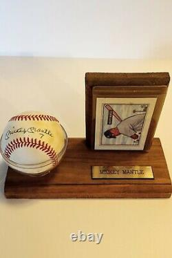 Mickey Mantle 7 (uni #) signed Official American League Baseball PLEASE READ