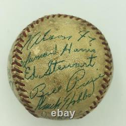 Nice 1952 Chicago White Sox Team Signed American League Baseball Nellie Fox JSA
